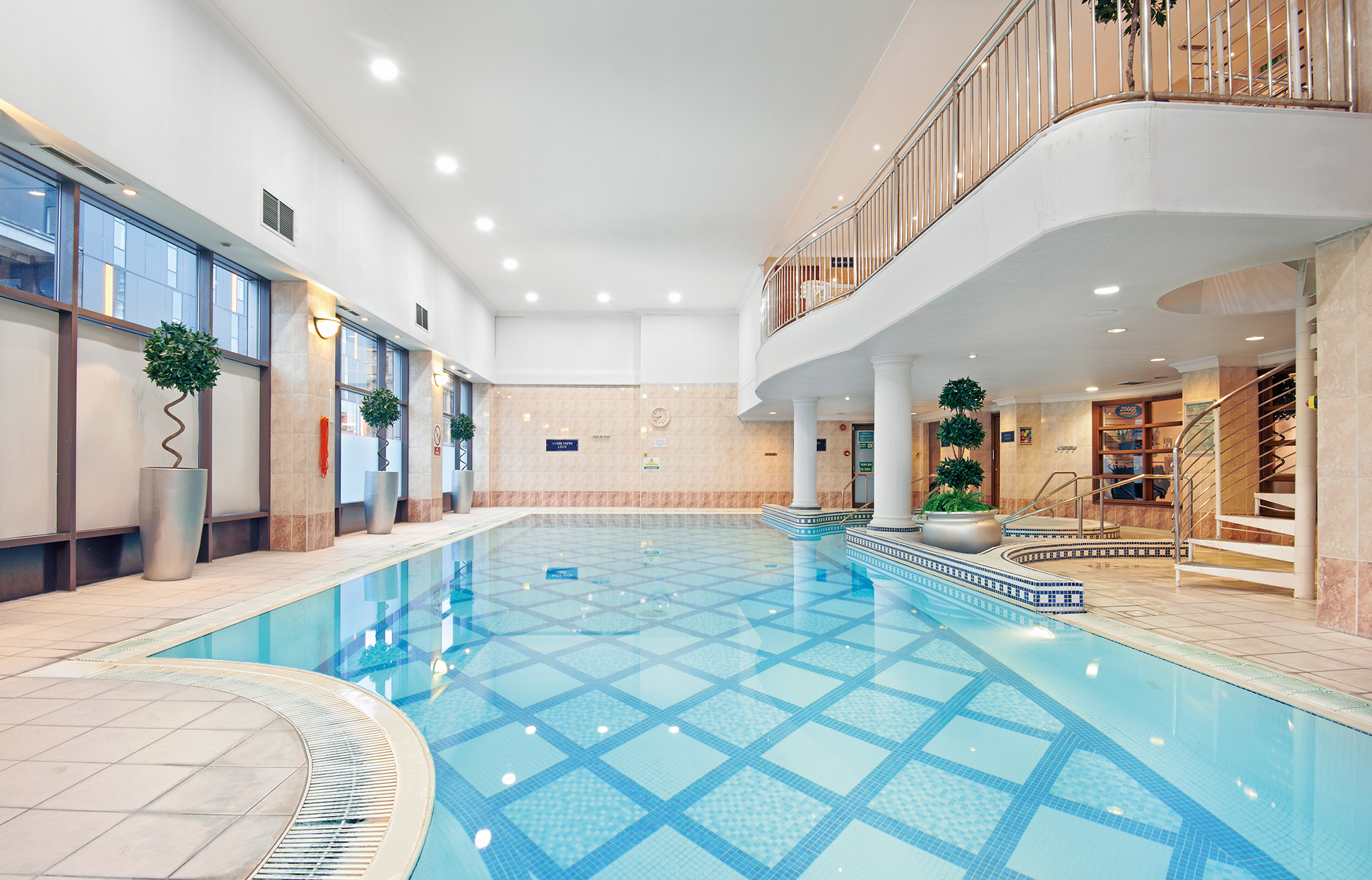 Juvenate glasgow juvenate health and leisure club - Hotels with swimming pools in scotland ...
